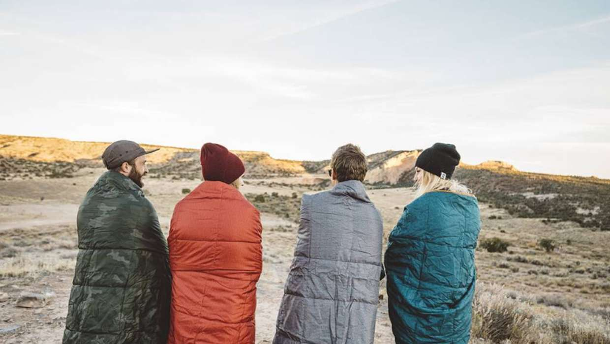 How To Choose Perfect Camping Blanket